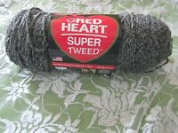 NEW RED HEART SUPER TWEED White and  Dark Gray Acrylic 140 g Med Yarn USA 7404