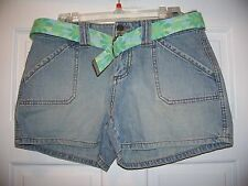 NWT Tyte Blue Jeans Casual Shorts Size 5 with Floral Belt cotton