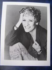 Betty Lynn Buckley + Note  - autograph (GC5) 5.25 x 6.75  inch
