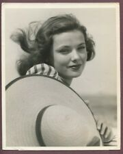 Gene Tierney Very Young Photograph 1940 Stunning Glamour Photo J185