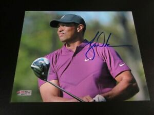 Tiger Woods Hand Signed Autographed 8x10 Victory PGA Golf Photo With COA