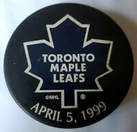 1999 TORONTO MAPLE LEAFS NHL OFFICIAL HOCKEY PUCK VINTAGE SPONSOR -WIN- ONTARIO