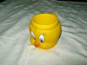 Vintage 1992 KFC Warner Bros Looney Tunes Collectible Tweety Bird Novelty Mug