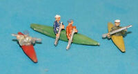 3 Canoes/Kayaks and paddling figures - Unpainted N gauge Figures Langley A125