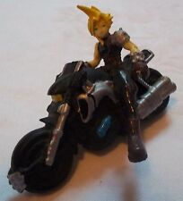 FINAL FANTASY VII ADVENT CHILDREN CLOUD ON MOTORCYCLE FIGURE