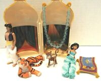 Disney's Aladdin and Jasmine Mini Castle Play Set with Genie, Abu, Rajah & More