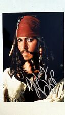 JOHNNY DEPP SIGNED 8X10 Pirates of the Caribbean PHOTO