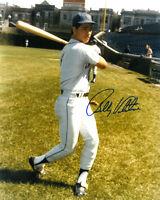 Bobby Valentine signed New York Mets 8x10 Photo (batting)