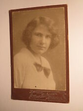 junge Frau - Portrait / CDV Haase-Redemann Berlin