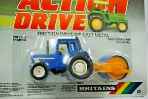 BRITAINS Action Drive IH INTERNATIONAL Type Tractor w/ HEAVY ROLLER MOC