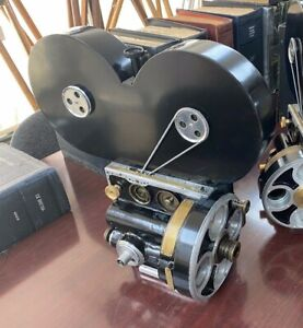 Bell & Howell 2709 35mm Camera Hand Cranked early 20th Century opportunity!