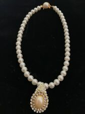 Stunning Pearl Gold crystal Drop Necklace