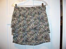 60006886831 H & M Women's Tiered Floral Skirt Size 8 Above ...