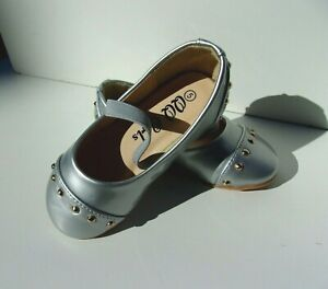 New Toddler Girls Dress Flat Shoes, Silver, Black & Red. Many Sizes.