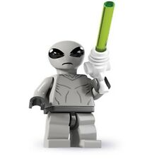 LEGO #8827 Mini figure Series 6 CLASSIC ALIEN