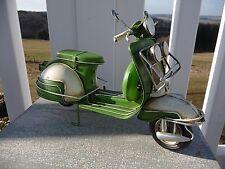 Nostalgie Roller Motorroller Scooter Blechfahrzeug Retro-Stil 16 x26 x10cm Grün