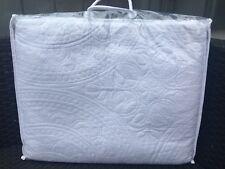 Tagesdecke B-WARE 100 % Baumwolle weiß Bettüberwurf Quilt Kreiselmuster Plaid