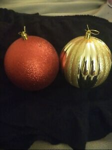 Jumbo Christmas Balls Gold And Red Sparkle Decoration 2 Pack Plastic