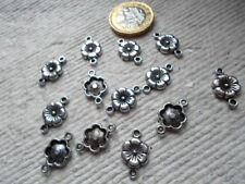 Pack of 20 ~ Antique Silver ~ Connector Flower Charms