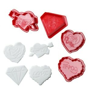 4PCS/SET Cookie Mould Stamp Cutter Valentine's Day Biscuit Heart Love Molds