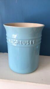 le creuset blue utensil jar holder great condition