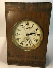 Horloge, pendule rustique, mécanisme dans coffret bois…