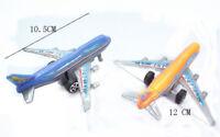 Plástico Modelo de autobús aéreo Niños atrás Avión pasajeros Juguetes Regalo