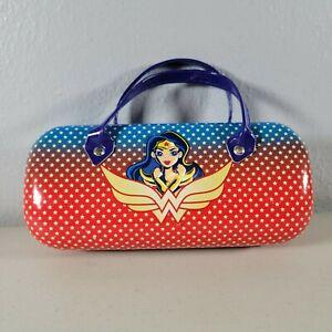 "Wonder Woman DC Super Hero Sunglasses In Hard Carrying Case Set Girls Size 6"""