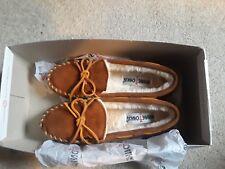 Minnetonka Woman's Slippers size 5 (new with box)
