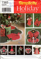 """1996 UNCUT Simplicity Holiday Pattern Collection 7365 """"Christmas Decorations"""""""