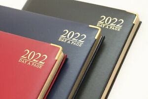 2022 'A5 OR A4' DAY A PAGE LUXURY PADDED, HARDBACK DIARY WITH GILDED EDGE & PEN.