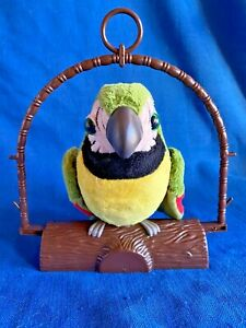 Pete Repeat Talking Parrot Mimic Bird on Stand w?Flapping Wings Animated Battery