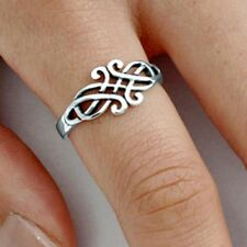 .925 Sterling Silver Ring size 6 Celtic Triad Triquetra Ladies Womens New pp33