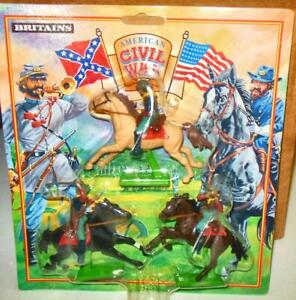 BRITAINS 3 PC. FEDERAL CAVALRY  MADE IN CHINA 1971