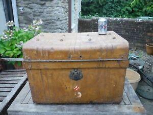 Large Vintage Metal Steamer Trunk - Great Storage - Toys Blankets Read Details