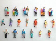 F4 H0- 100 Figurines Voyageurs Passanten Enfants Couples 1:87