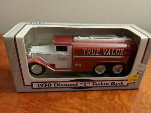 """Ertl 1930 Diamond """"T"""" Tanker Bank True Value 1992 1/32 Scale"""