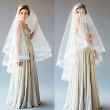 Cheap Wedding Veils Fingertip Length 2 Layers with Comb Horse-hem Bridal 2 Tiers