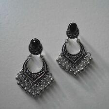 Boucles d'oreilles mode, rétro bohème stylisé, métal argent antique, neuves
