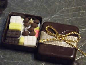 Dollhouse Miniature Reutter Chocolate Candy Box 1:12 scale G78 Dollys Gallery