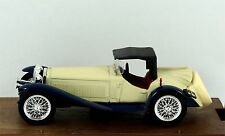 Brumm R138 Alfa Romeo 2300 1932 in white/blue. Boxed Excellent