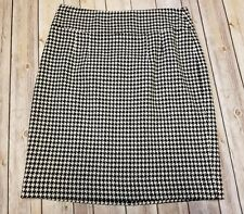 Banana Republic size 6 skirt black white herringbone