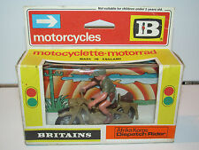 VINTAGE BRITAINS ROAD MODELS No 9694 AFRIKA CORPS DISPATCH RIDER MOTORCYCLE MIB