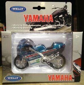 1994 Yamaha TZ250M Motorcycle Blue & White Welly 1/18 Scale Motorcycle
