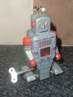 "VINTAGE TINPLATE CLOCKWORK WALKING ROBOT MS372 APPROX 5"" HIGH WITH KEY"