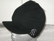 BNWT - NEW ERA NY New York Yankees Peaked Beanie Hat  Black