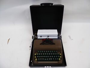 SMITH CORONA STERLING TYPEWRITER WITH CASE