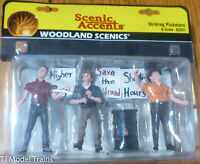 Woodland Scenics G Scale #2557  - Striking Picketers