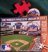 The World's Smallest Jigsaw Puzzle Mets 234 Pieces NEW