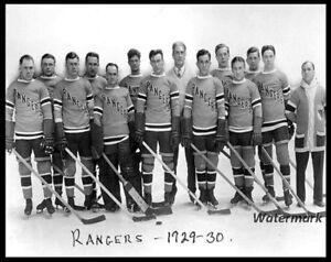 NHL 1929 - 30 New York Rangers team Photo Black & White 8 X 10 Photo Picture